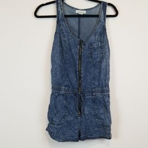 Forever 21 chambray romper size small